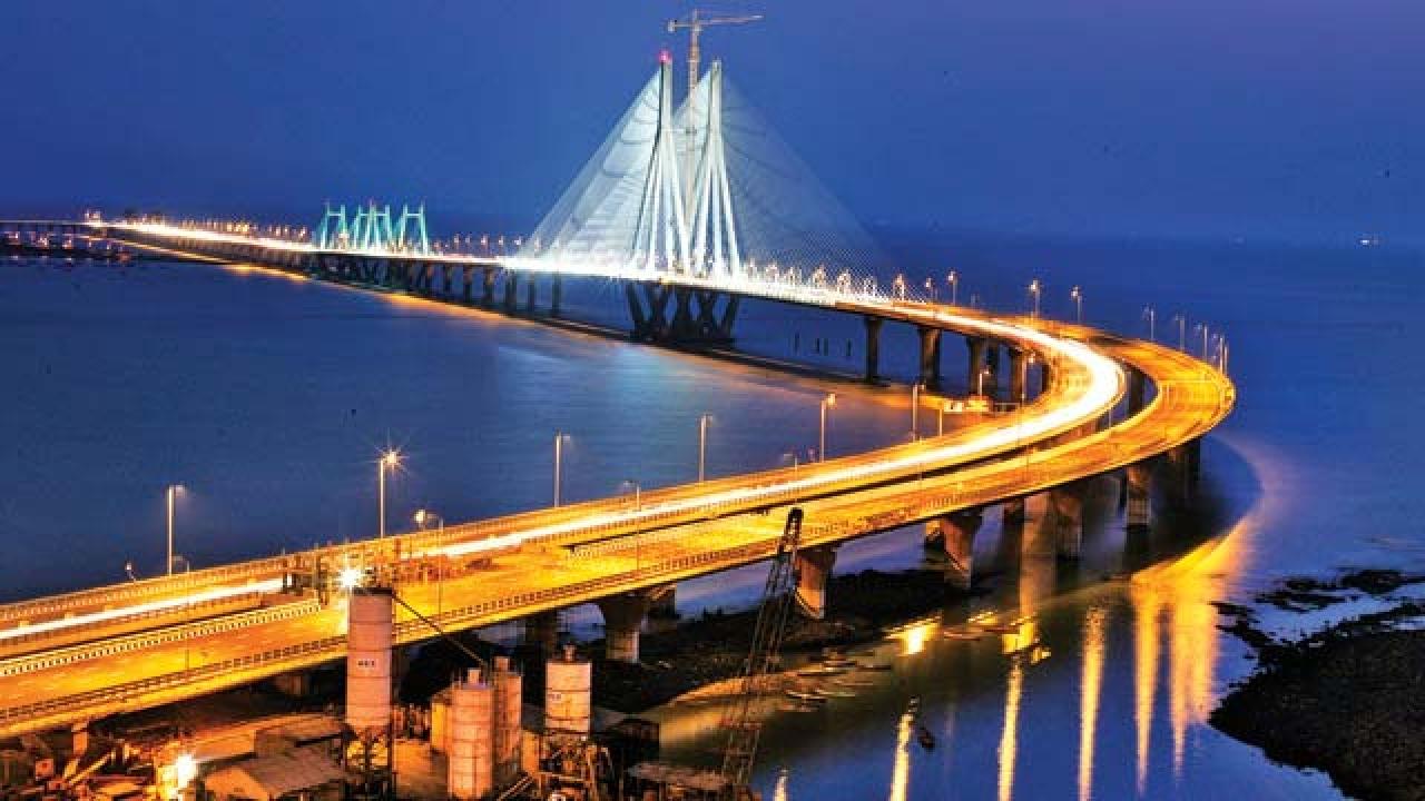 Bandra-Worli Sea Link-pune to mumbai cabs